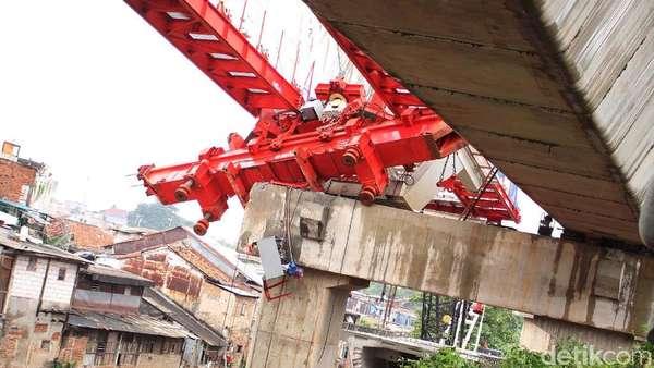 Crane Jatuh di Jatinegara, Satu Saksi yang Diperiksa adalah Sopir