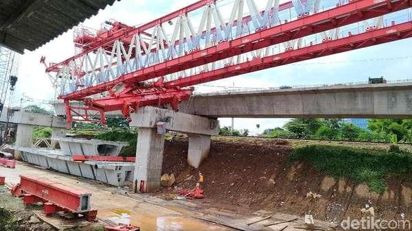 Cek Crane Jatuh di Jatinegara, PT HK Jamin Asuransi dan Santunan
