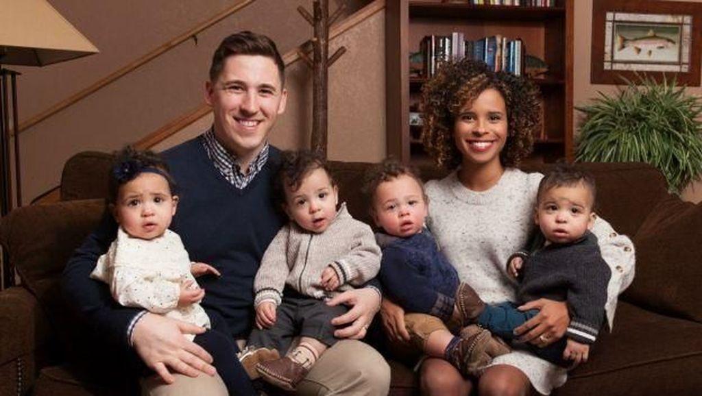 Kisah Ibu Bertubuh Mungil yang Hamil Bayi Kembar 4