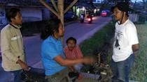 Penasaran, Warga Cari Sosok Penyusun Batu di Sungai Cidahu