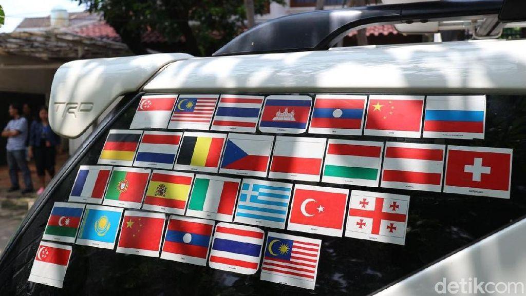 Touring Puluhan Negara dengan Mobil Apa yang Harus Disiapkan?