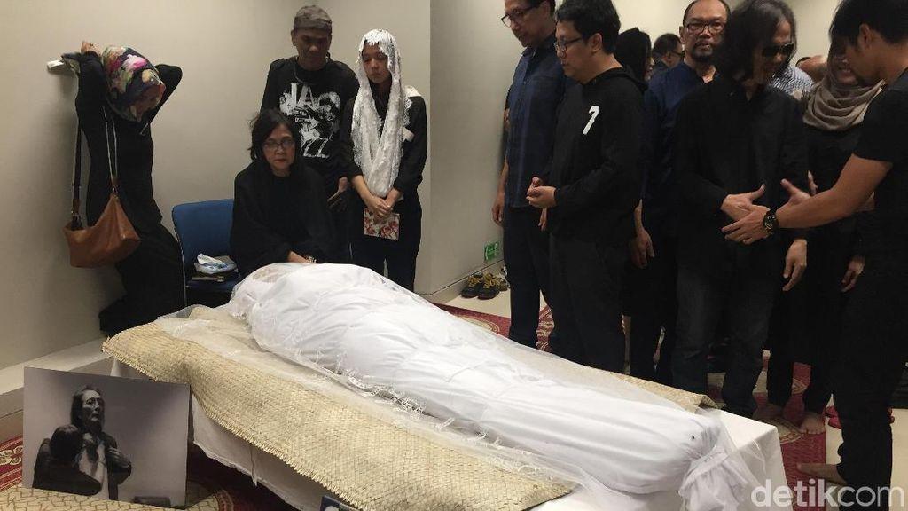 Sahabat dan Rekan Musisi Kunjungi Yockie Suryo Prayogo di RSPI