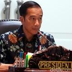 Gelar Rapat Investasi, Jokowi: Perizinan Harus Diperbaiki!