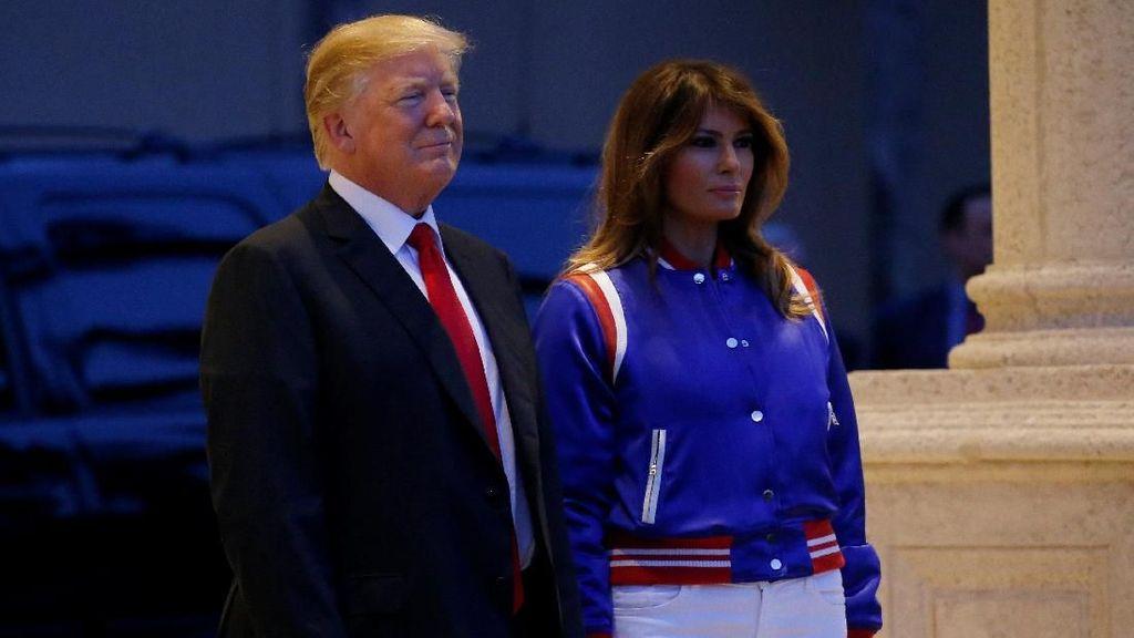 Foto: Tampil Elegan Sporty, Melania Trump Pakai Jaket Bomber Rp 27 Juta