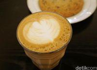 Becca's: Menyantap Croissant Enak Ditemani Secangkir Latte Hangat