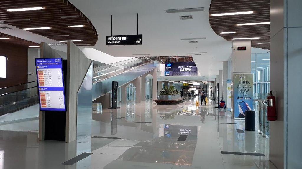 Kereta Bandara Tak Beroperasi, Stasiun BNI City Sepi Melompong
