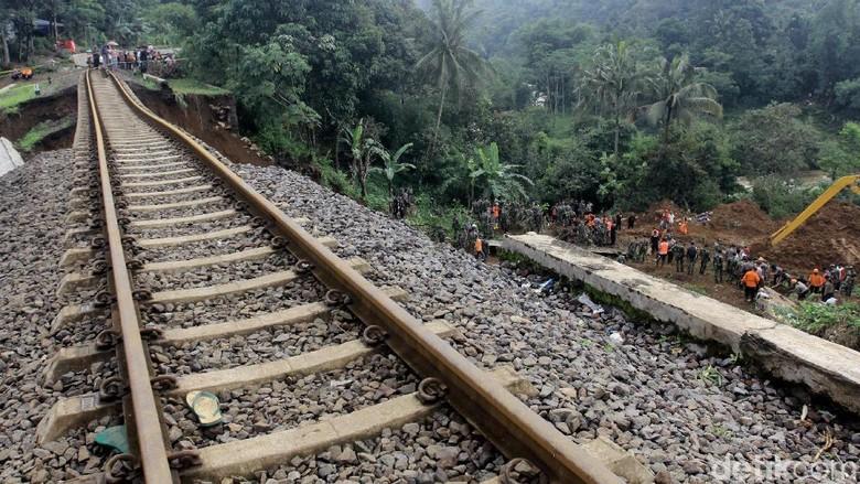 Kereta Pangrango Sementara Beroperasi Sukabumi-Cigombong