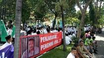 Sidang Ujaran Kebencian, Ribuan Warga Kepung Pengadilan di Banyuwangi