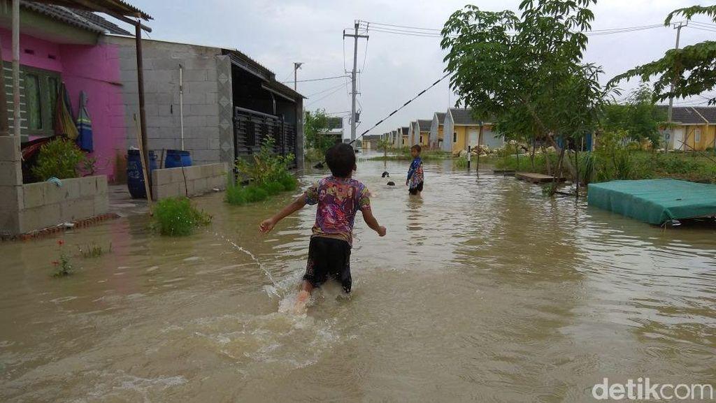 Gara-gara Banjir, Warga Rumah DP 1% Jokowi Tak Bisa Bekerja