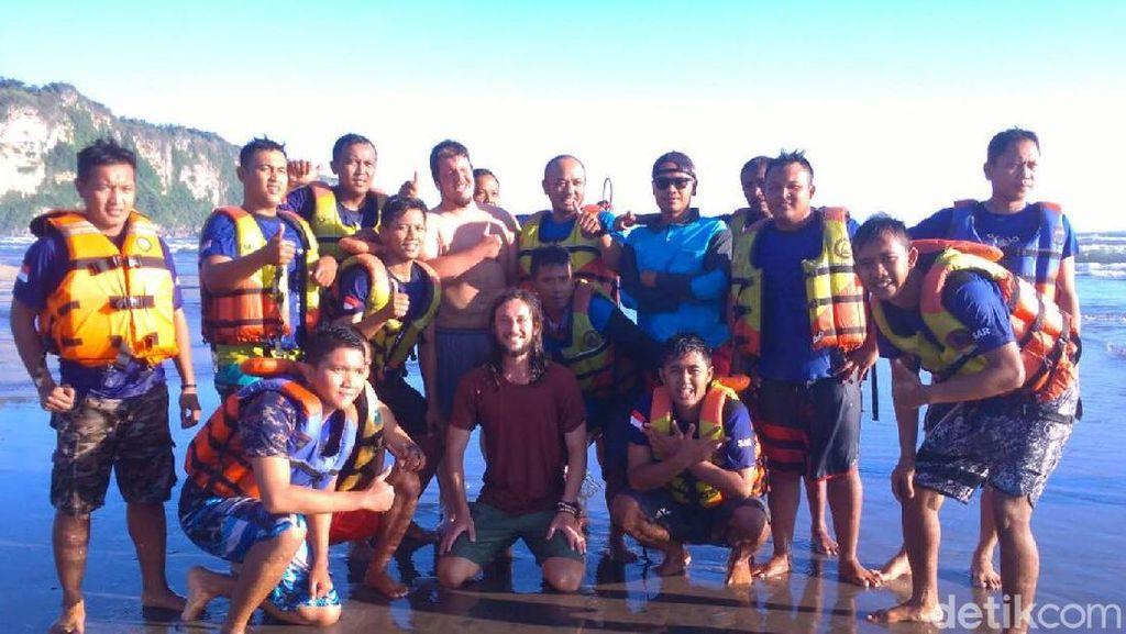 Dua Turis Asing Nyaris Tenggelam di Pantai Parangtritis