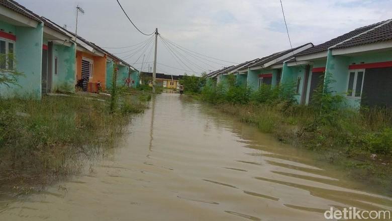 Banjir di Komplek Rumah DP 1% Jokowi Terjadi Sejak Jumat