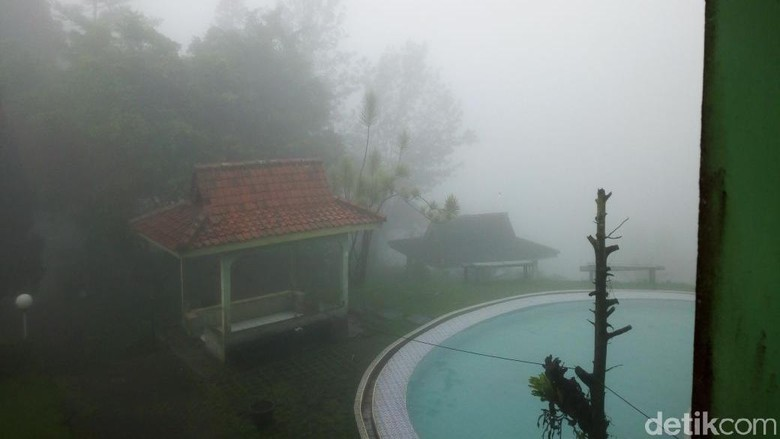 Suasana Taman Wisata Riung Gunung yang tutup (Haris/detikTravel)