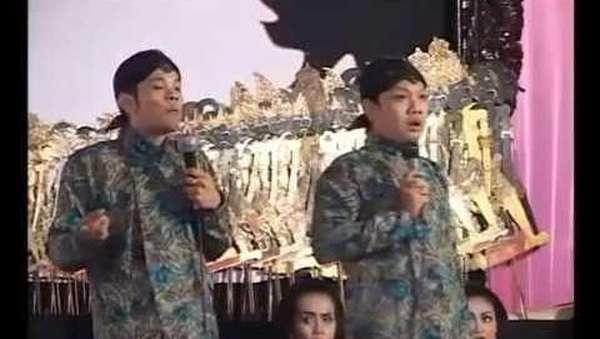 Dua Komedian yang Ditahan di Hong Kong Bebas