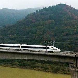 China Kaji Jalur Kereta Cepat JKT-BDG ke Bandara Kertajati