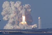 Ambisi Besar Elon Musk Setelah Luncurkan Roket Terkuat