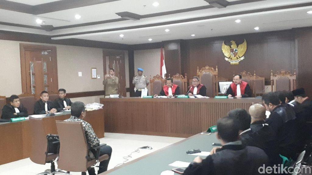 Debat Kuasa Hukum Alfian Tanjung dan Hasto soal PKI di Pengadilan