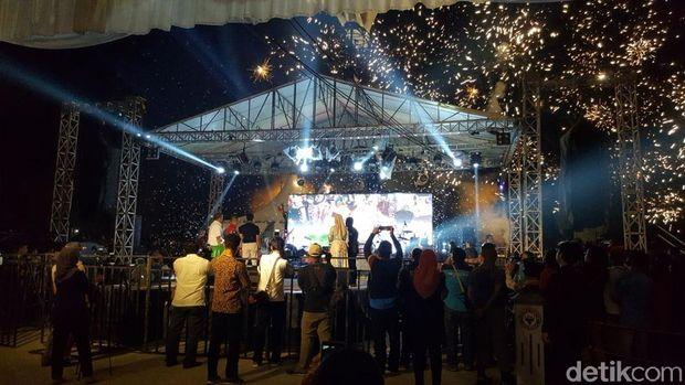 Sumatera Barat Lun   curkan 58 Event Wisata Sepanjang 2018