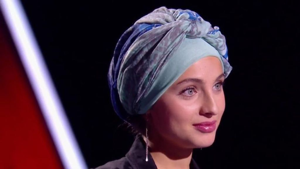 Diserang Haters, Hijabers yang Nyanyi Haleluya Ini Mundur dari The Voice