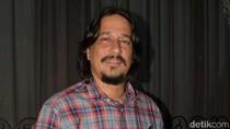 Rahasia Bucek Depp Tetap Kekar dan Kece di Usia 44 Tahun