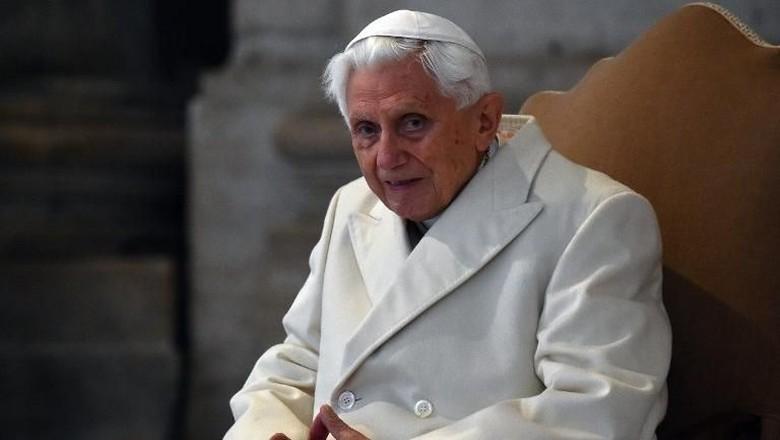 Mantan Paus Benediktus Merasa Berada di Babak Akhir Kehidupan