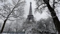 Setelah Banjir, Giliran Hujan Salju Lumpuhkan Paris