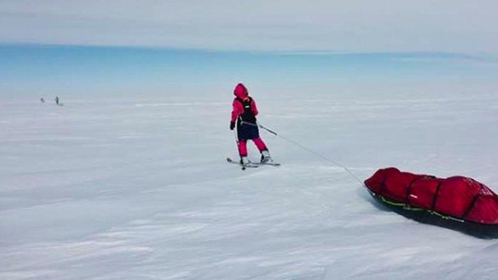 Keren! Gadis Remaja Ini Sukses Menjelajahi Ujung Dunia