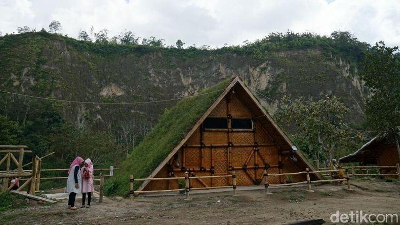 Foto: Rumah pohon Inyiak di Ngarai Sianok (Syanti Mustika/detikTravel)