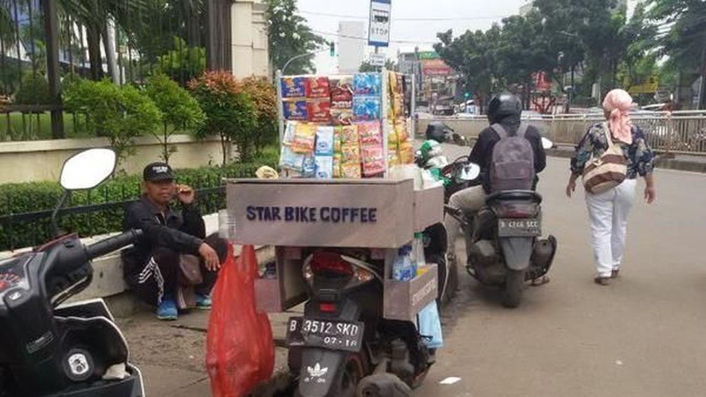 Unik, Jualan Kopi Pakai Motor Star Bike Coffee