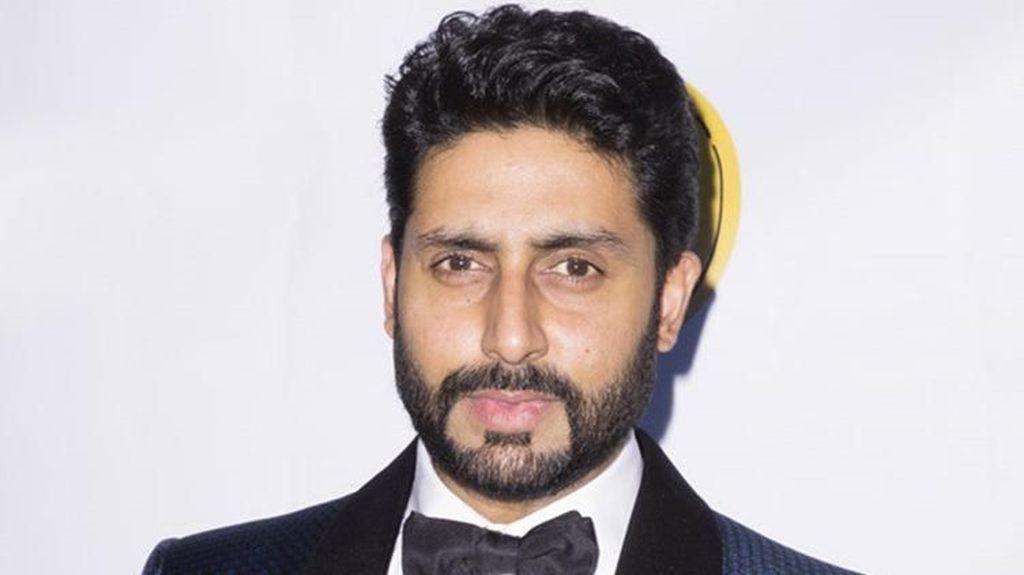 Akun Twitter Aktor Bollywood Ini Diretas, Centang Biru Pun Hilang
