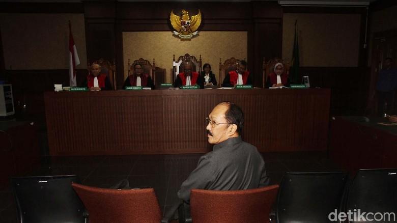 Eksepsi Fredrich Ditolak, Sidang Lanjut ke Pemeriksaan Saksi