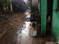 Banjir di Kampung Arus Cawang Surut