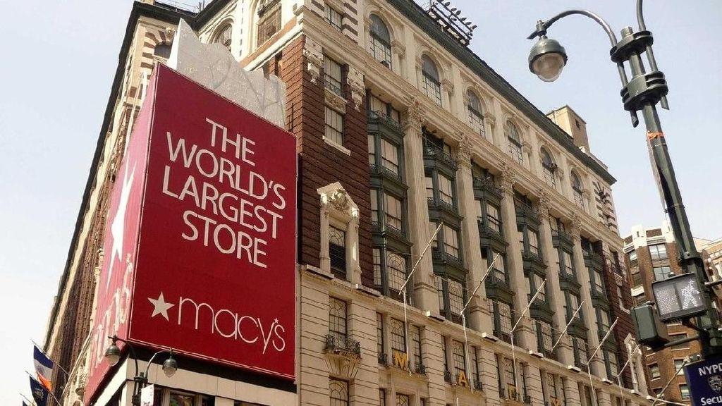 Macys Jadi Departemen Store Pertama yang Jual Hijab di AS