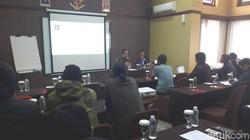 Survei Instrat: Ridwan-Uu dan Deddy-Dedi Berkompetisi Sengit