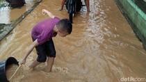 Banjir di Pati, Pelajaran Ditiadakan Diganti Bersihkan Kelas