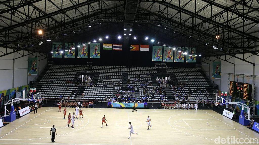 Sudah Direnovasi, Atap Hall A Basket di GBK kok Masih Bocor?