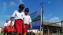 Menengok Kebun Angin Mini yang Terangi Kampung Laut