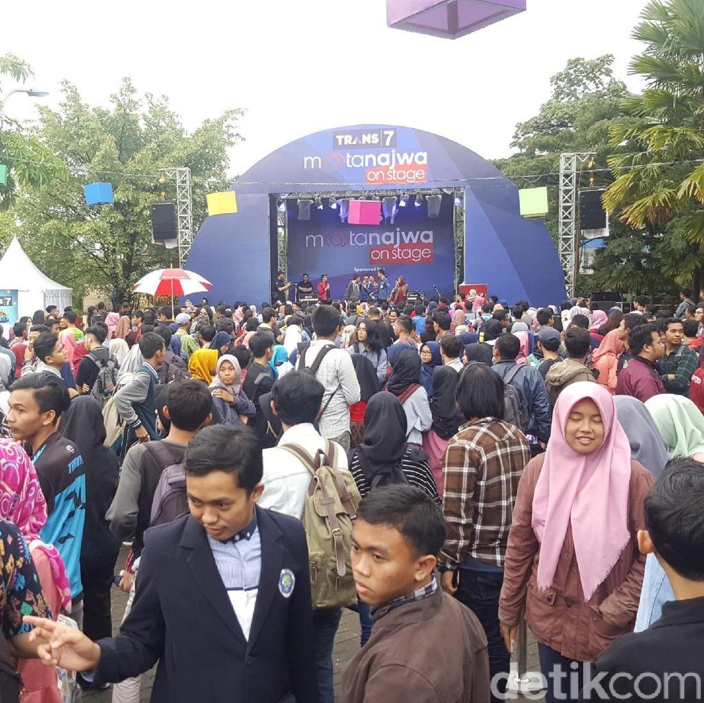 Trans 7 Goes To Campus, Ada Mata Najwa On Stage di Malang