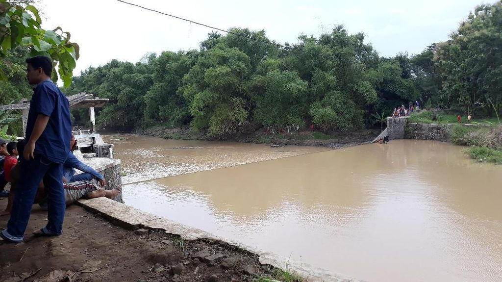 Wanita Yang Terjun di Sungai Bengawan Madiun Ditemukan Tewas