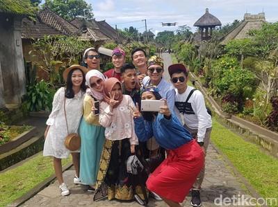 Turis Indonesia Banyak Akal Supaya Bisa Online Saat Liburan