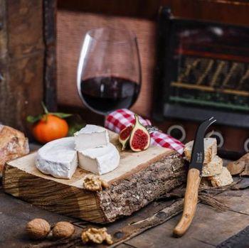 Yummy! Kini Warga Prancis Bisa Menikmati Keju Camembert Vegan