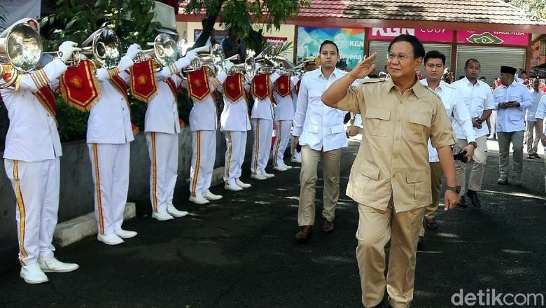 Dorongan Nyapres untuk Prabowo yang Disebut Merasa Semakin Tua