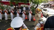 Hadiri Peringatan HUT Ke-10 Gerindra, Prabowo Disambut Marching Band