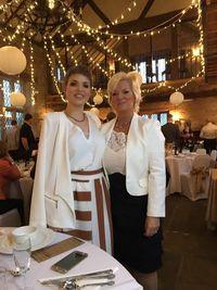 Gemma dan ibunya, Helen. (Foto: Facebook/Gemma Nuttall)