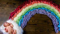 Lihat Foto Rainbow Baby yang Satu Ini Deh, Bun, Unik!