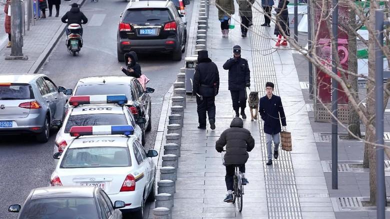 Foto: Mal di Beijing Diserang Pria Berpisau, 1 Orang Tewas