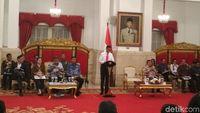Buka Sidang Kabinet, Jokowi Beri Selamat ke Menteri Terbaik Dunia