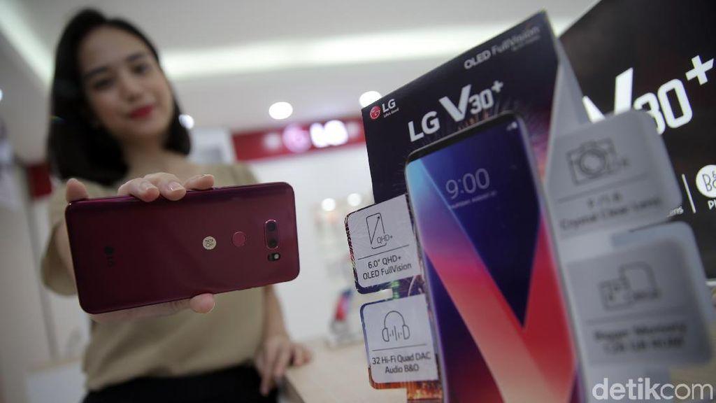 Ini Harga LG V30 Plus Versi Pink
