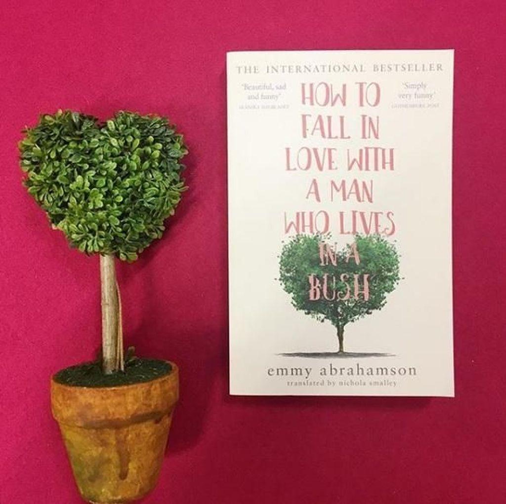 Kisah Penulis yang Jatuh Cinta pada Tunawisma Terangkum dalam Novel Ini