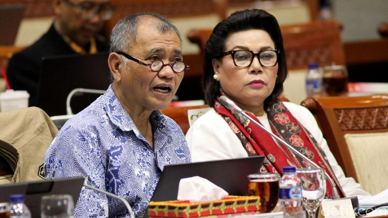 Komisi III DPR dan KPK Rapat Bahas Kinerja Hingga Undang-Undang