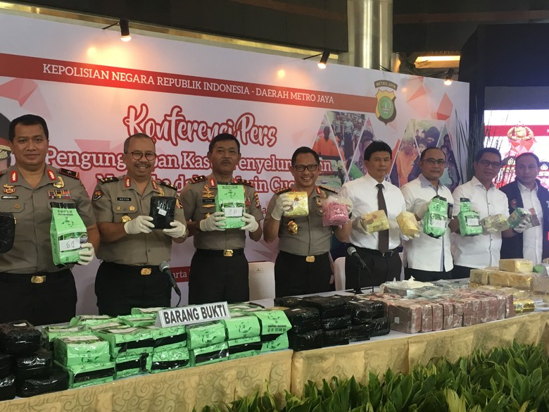 Polri Tembak Mati WN Malaysia Bandar 240 Kg Sabu di Mesin Cuci